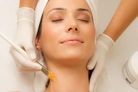 limpeza de pele - colo e pescoço